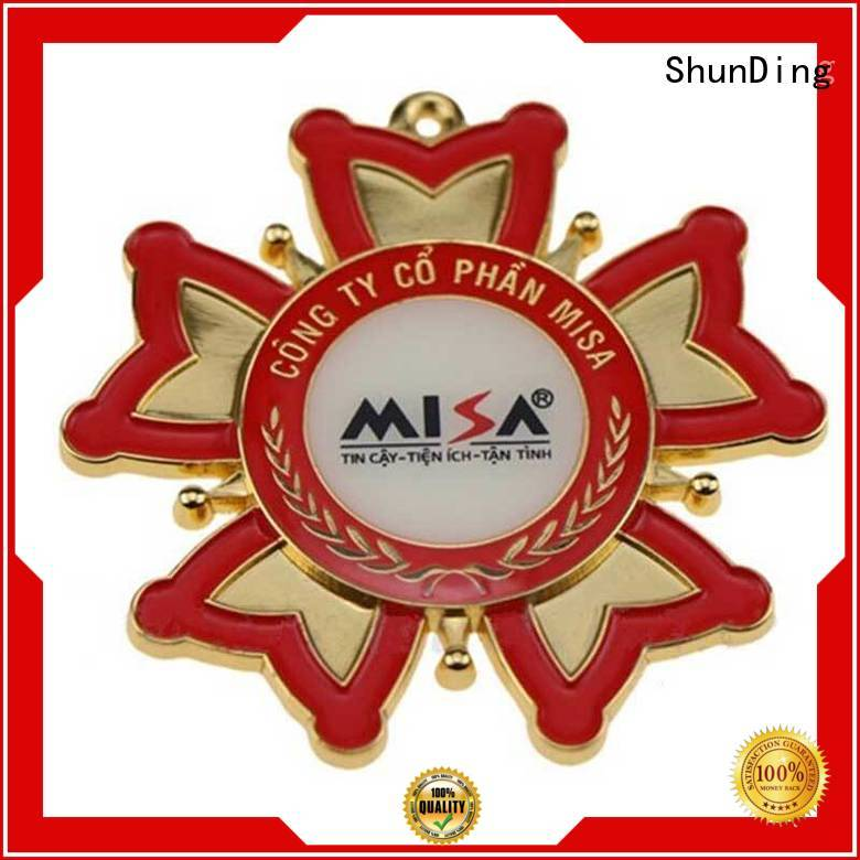 ShunDing lovely personalised metal badges owner for souvenir