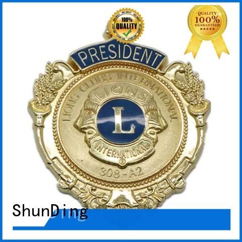 popular custom metal badges epoxy for souvenir
