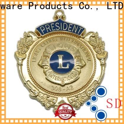 ShunDing resin metal logo badge for sale for auction