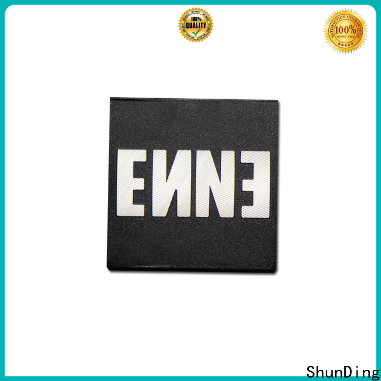 inexpensive engraved name plates certifications for staff