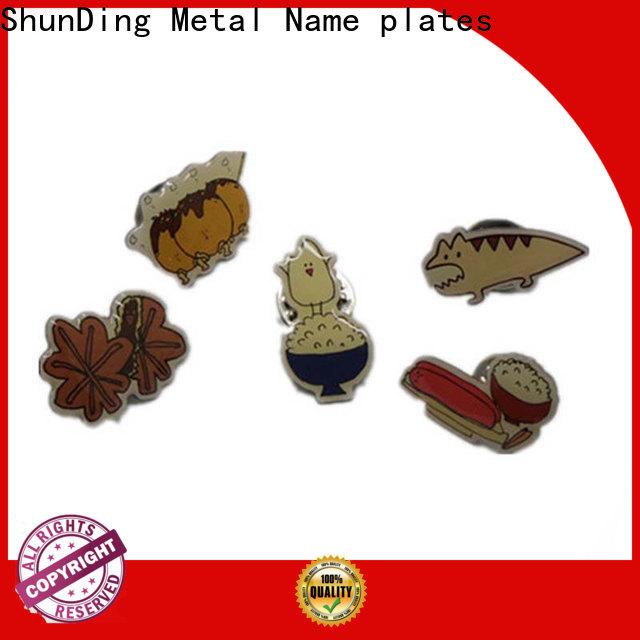 fashion badge metal supplier for souvenir